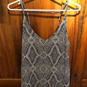 NWOT Sleeveless top with back detail